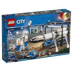 LEGO® City Space Port 60229 Ensamblaje y Transporte del Cohete